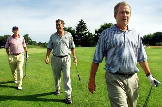 아버지 부시(왼쪽)와 조지 W 부시 전 대통령(오른쪽), 젭 부시 전 플로리다 주지사. [사진 ABC뉴스]