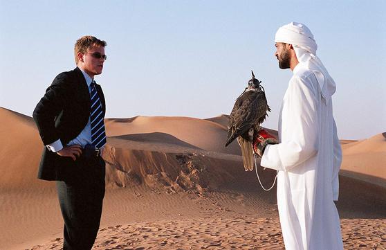 영화 '시리아나' 속 한 장면. 조지 클루니, 맷 데이먼 등이 열연했다.
