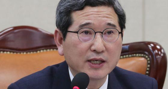 국회 환경노동위원회 위원장 김학용 자유한국당 의원 [중앙포토]