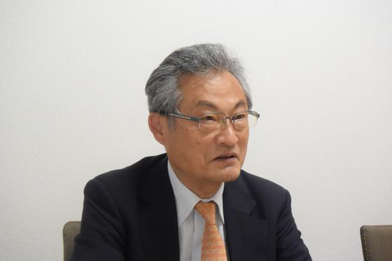 메이지유신 전문가 미타니 히로시 교수가 중앙일보와 인터뷰를 하고 있다. 도쿄=서승욱 특파원