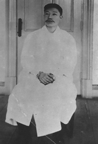 이토 히로부미를 사살하고 중국 뤼순 감옥에 수감돼 있던 안중근 의사.[중앙포토]