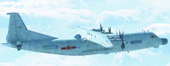 지난 8월 한국방공식별구역(KADIZ)을 무단진입한 중국 군용기로 주정되는 Y-9JB. 수송기로 제작한 Y-9을 전자전기와 정찰기로 개조한 기종이다. [사진 Want China Times]