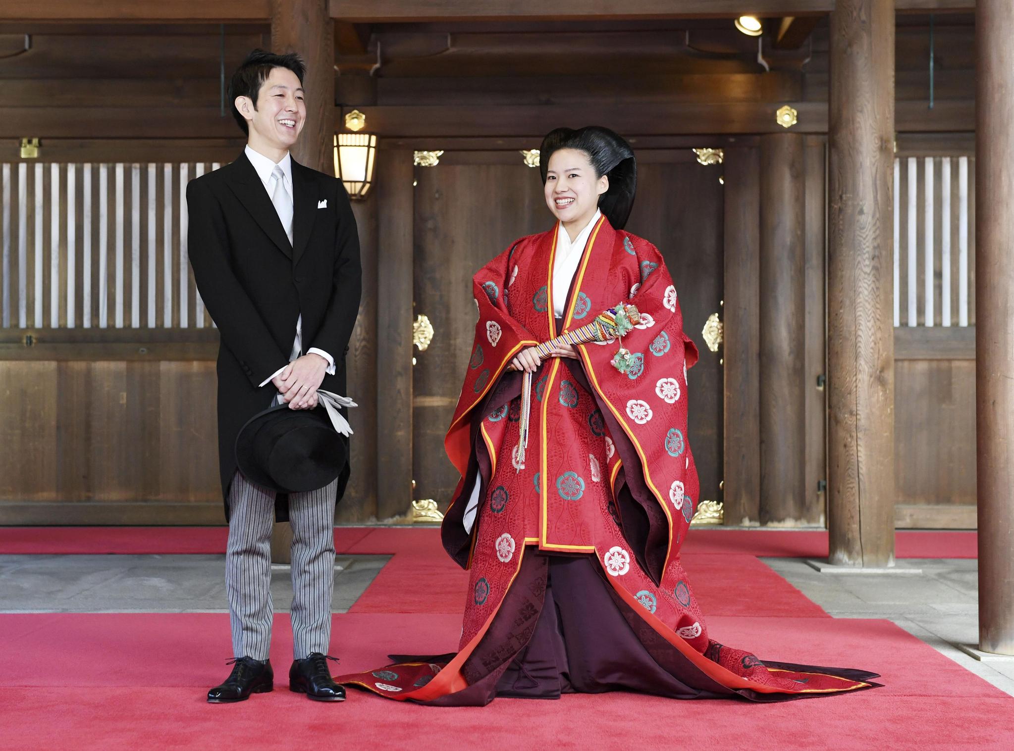 아키히토 일왕의 5촌 조카인 아야코(28) 공주와 회사원 모리야 게이(32)씨의 결혼식이 29일 도쿄 메이지진구에서 열리고 있다. [연합뉴스]