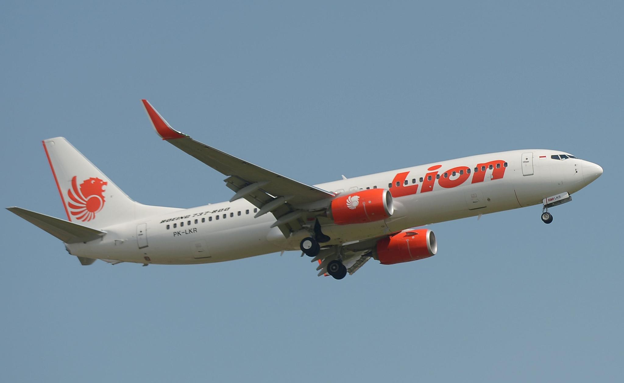 사고기와 같은 종류인 보잉 737 항공기가 자카르타 수카르노 하타 국제공항에서 이륙하고 있다. [AFP=연합뉴스]