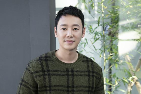 최근 종영한 드라마 '손 the guest'에서 열연한 배우 김동욱. [사진 키이스트]