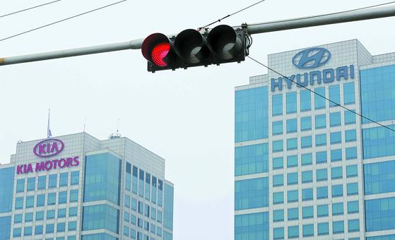 빨간불 켜진 현대·기아차.  [연합뉴스]