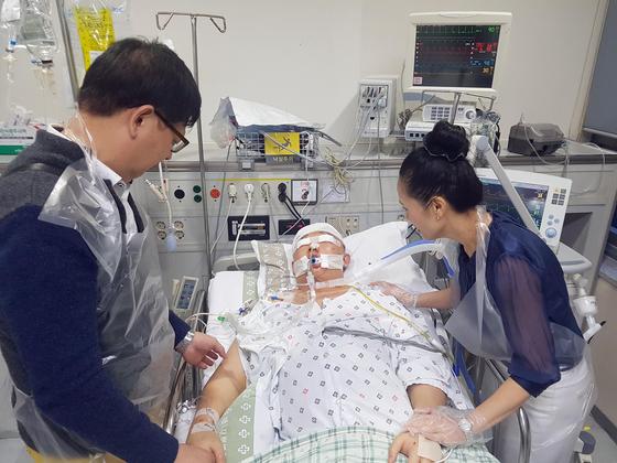 지난 9월 만취 운전자가 몰던 BMW 차량에 치여 뇌사 상태에 빠졌던 윤창호(22) 씨가 지난 9일 숨졌다. [연합뉴스]