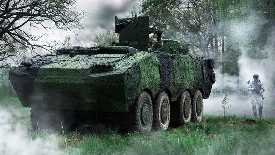 사브의 기동위장시스템인 바라쿠다 위장막을 두른 독일 육군의 박서 장갑차. [사브]