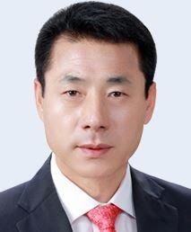 """""""왜 충성 안 하나""""…시의회 의장이 후배 의원 폭행 의혹"""