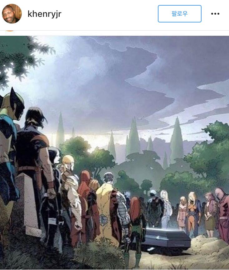 한 인스타그램 사용자가 등록한 마블 코믹스의 슈퍼 히어로들이 모두 한 자리에 모여 스탠 리의 죽음 추모하는 장면 그린 만화 장면.[사진 인스타그램 캡처]