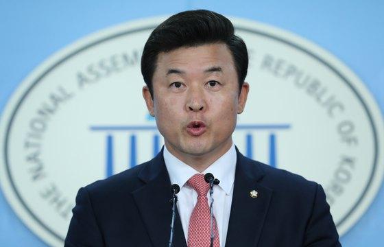 윤영석 자유한국당 수석대변인. [뉴스1]