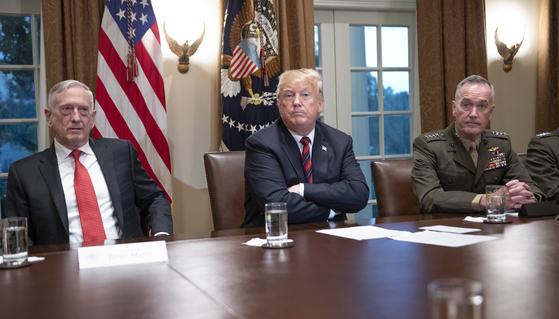 """미 의회 보고서 """"미군, 중국·러시아와 전쟁하면 패배할 수도"""""""