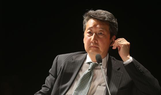 중앙일보가 주최한 CSIs 포럼 2014에 참석한 빅터차.