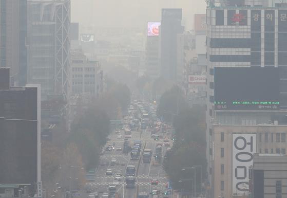 중국발 스모그 유입에 수도권·충청 미세먼지 '나쁨'