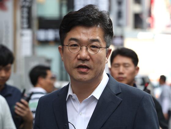 [단독] 송인배 청와대 정무비서관 기소 방침