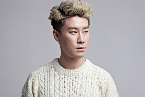 """신곡 가사로 '여혐 논란'…산이 """"'페미니스트' 여성혐오 곡 아냐"""""""