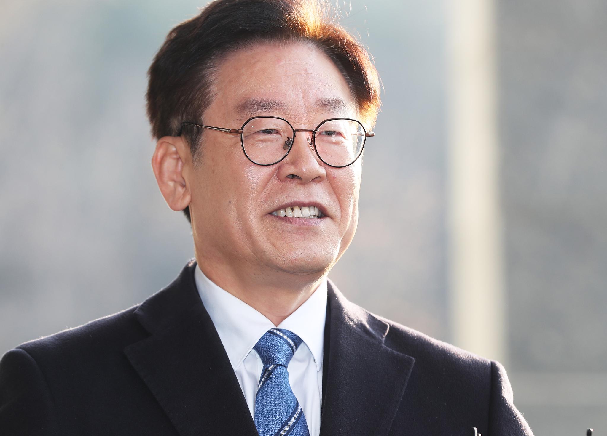 """김혜경 측 변호사 """"이재명 부부 잘 알고 관찰한 사람 중 하나일 것"""""""