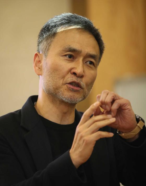 강태진 인사이너리 대표가 14일 서울 중구 중앙일보에서 블록체인을 포함한 IT 생태계에서 대해 강의하고 있다. 오종택 기자