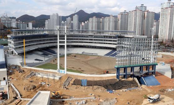 명칭 논란을 빚고 있는 창원시 마산회원구 신축 야구장 모습. [연합뉴스]