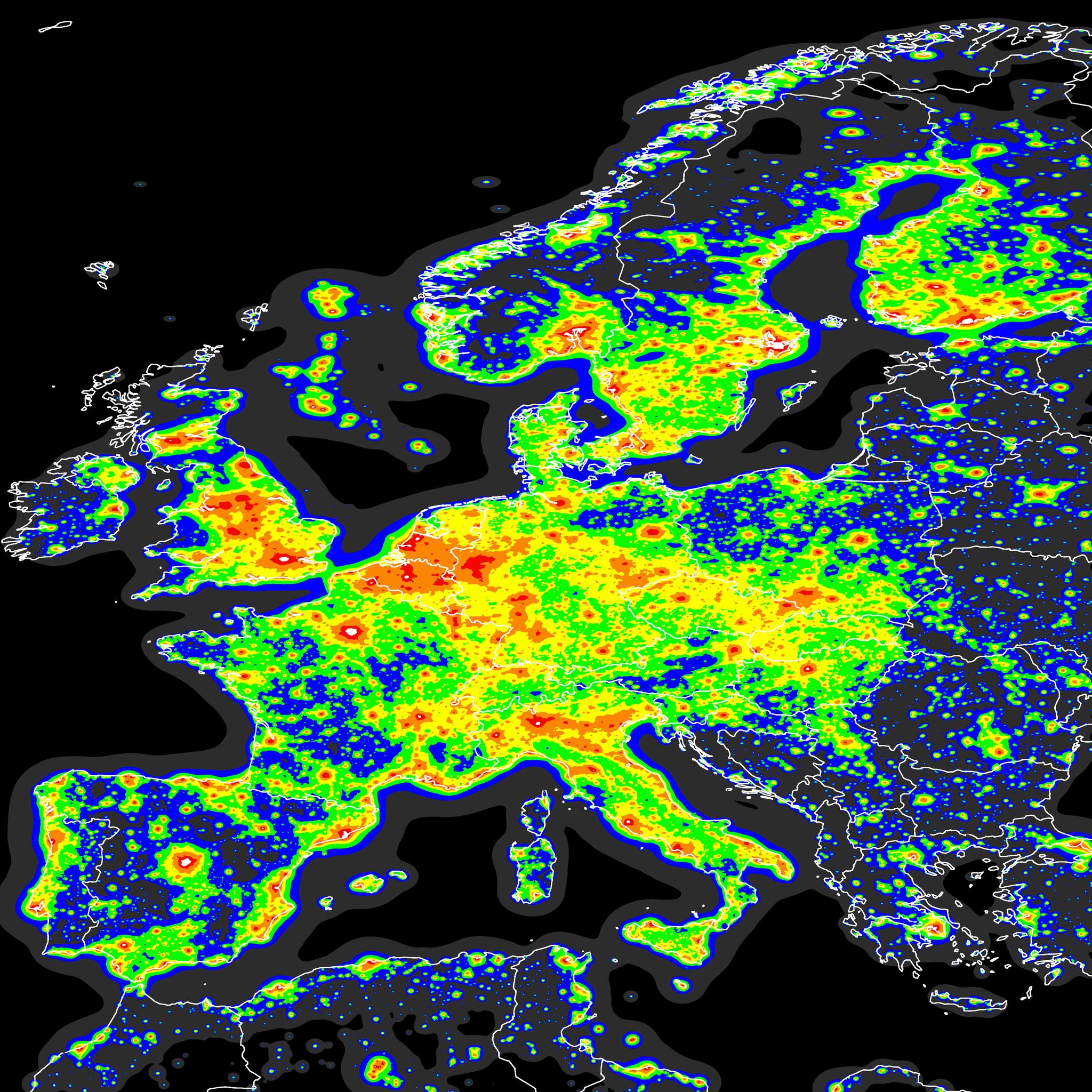 너무 눈 부신 지구의 밤. 인공위성에서 열 화상 기법으로 촬영한 유럽의 모습이다. [사진 NASA]