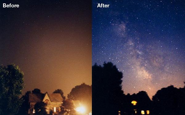 야간 조명이 있을 때는 밤 하늘의 별이 보이지 않지만 조명을 끄면 별을 볼 수 있다. [중앙포토]