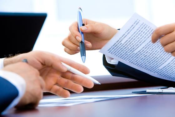 송달료란 소송 서류를 상대방에게 송달하기 위해 소요되는 비용이다. 송달료는 당사자 수를 기준으로 산전된다. [사진 pixabay]