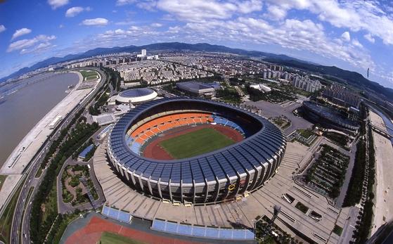 김수근이 설계한 올림픽 주경기장 전경. [중앙포토]