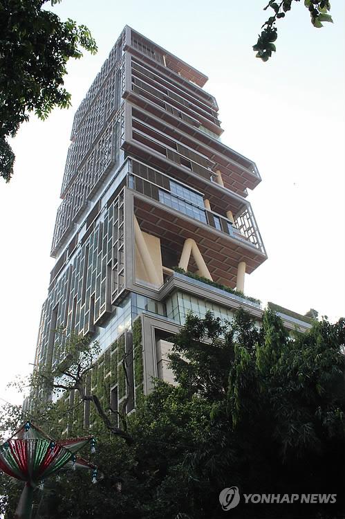 세계에서 두 번째로 비싼 주택 '안틸리아' [연합뉴스]