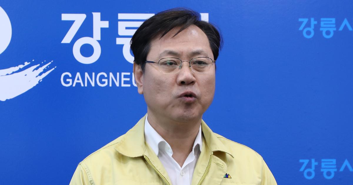 오영식 코레일 사장이 11일 잇따른 철도 사고에 책임을 지고 사퇴했다. [뉴스1]