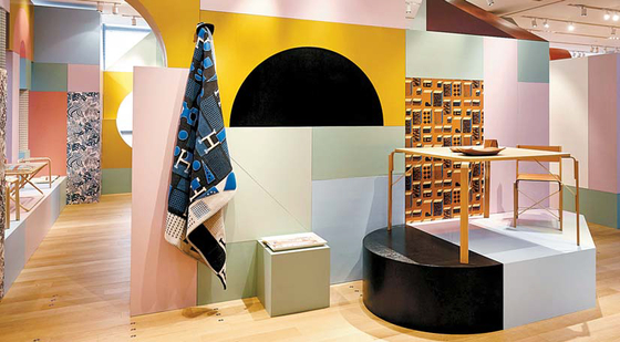 에르메스 브랜드의 독창적인 홈컬렉션 작품이 전시 중인 '에르메스 스피시즈 오브 스페이스'가 세계에서 세 번째로 서울에서 열리고 있다. [사진 에르메스]