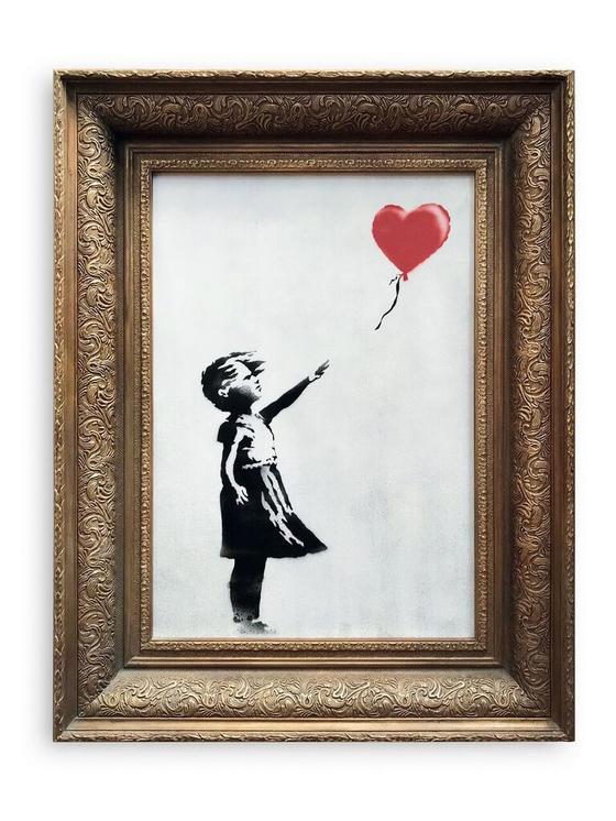 뱅크시의 소녀와 풍선(2002). 뱅크시는 자신의 그림이 15억 원에 낙찰되자 스스로 준비한 '파괴 퍼포먼스'를 벌였다. 그리고 자신의 그림에 '사랑은 쓰레기통 안에' 라는 독특한 이름을 붙였다. <저작권자 ⓒ 1980-2018 ㈜연합뉴스. 무단 전재 재배포 금지.>