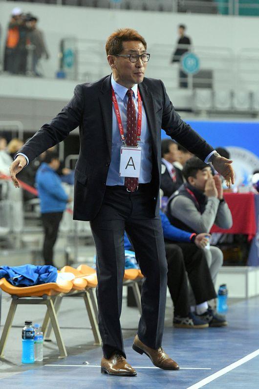 내년 1월 열리는 세계선수권대회에서 남자 핸드볼 남북단일팀을 이끌게 된 조영신 감독. 대한핸드볼협회 제공