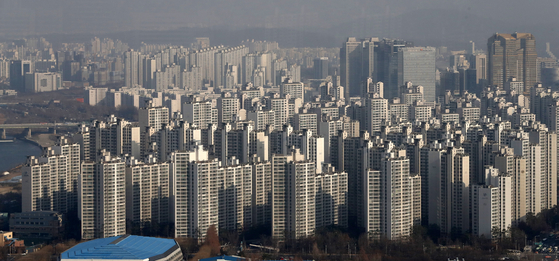 지난 17일 오후 서울 송파구 일대 아파트 단지 전경. [뉴스1]