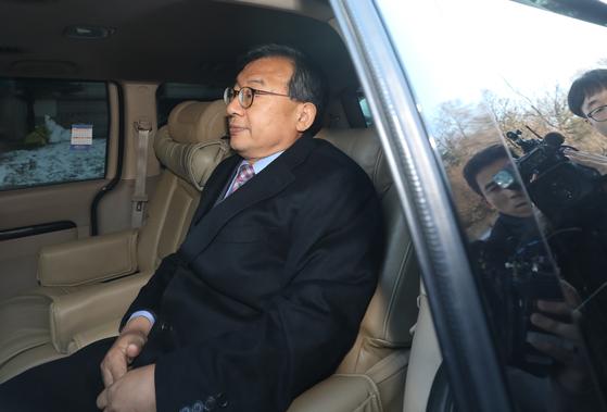 청와대 홍보수석 시절 KBS의 세월호 보도에 개입한 혐의로 재판에 넘겨진 이정현 무소속 의원이 1심에 불복해 항소했다. [뉴스1]