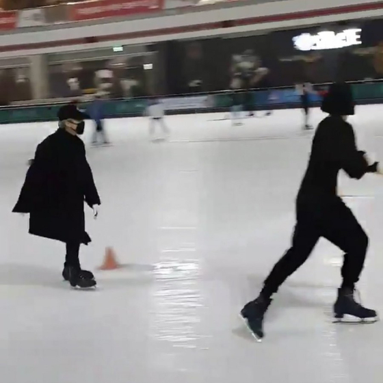 Jungkook and Jimin caught on camera. Photo from Online community