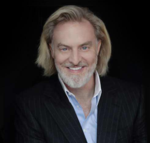 빅터 베스코보는 미국 사모펀드 인사이트 에퀴티 홀딩스의 창립자로 월가의 투자자지만, 산악 그랜드슬램을 달성한 탐험가이기도 하다. 그는 이번 파이브 딥스 엑스퍼디션 프로젝트를 통해 5대양의 해저 가장 깊은 곳을 순차적으로 탐사할 계획이다. [사진 fivedeeps.com]