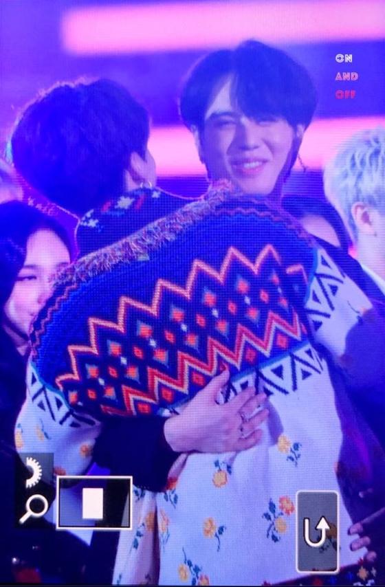 Friendly Bear Hug Between BTS JUNGKOOK and GOT7 YUGYEOM
