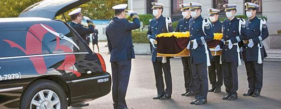 보람상조는 28년 장례행사 경험을 바탕으로 고품격 상조 서비스를 제공한다.