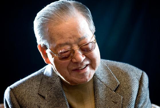 김종필 전 국무총리가 6월 23일 92세 일기로 타계했다. 생전에 자신이 겪은 격동과 파란의 시대를 중앙일보에 구술할 당시 김종필 전 총리 [중앙포토]