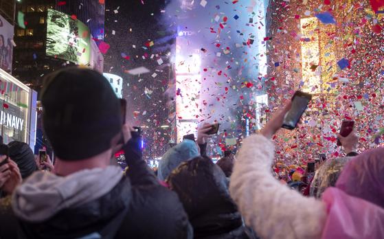 200만명 참석한 뉴욕 새해맞이…NYPD 철통방어 있었다
