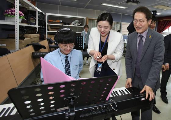 수준별 미술수업, 전교생 음악공연…예술교육 우수학교 어디?