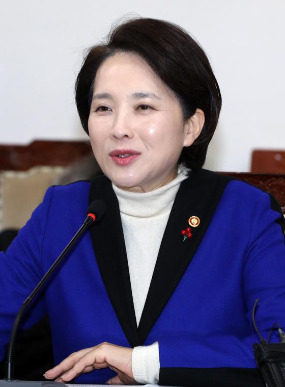 유은혜 교육부 장관 SKY캐슬, 과도하지만 현실 반영