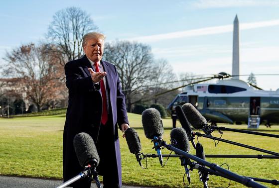 트럼프 강철 국경장벽 쌓겠다, 국가비상사태 선포도 가능