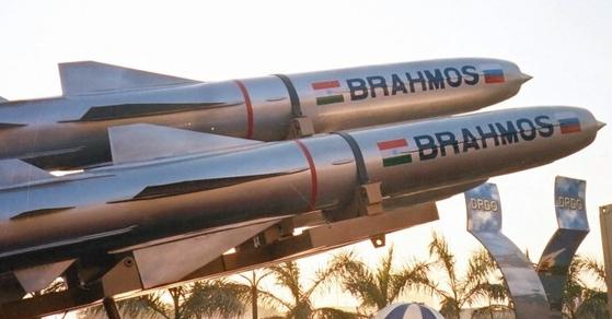인도가 러시아와 공동개발한 브라보스 초음속 대함미사일 [사진 brahmos.com]