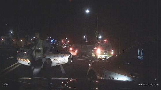 지난해 12월 15일 안국동 인근 2차 택시 사고장면. 혜화경찰서 제공