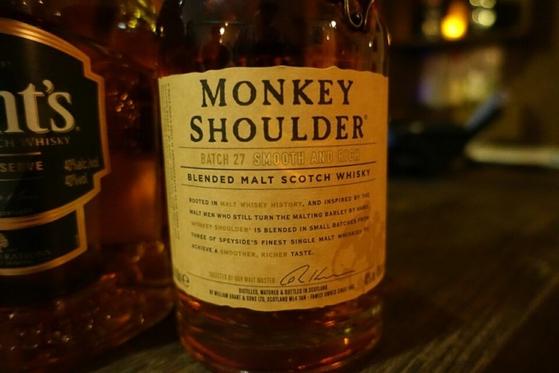 몽키숄더(Monkey Shoulder) 위스키. [사진 김대영]