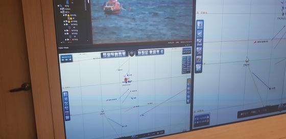 11일 통영 욕지도 인근 해상서 발생한 낚싯배 전복사고 위치. [사진 해경]