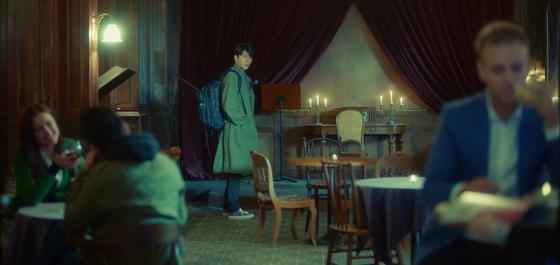 '알함브라 궁전의 추억'의 현빈. [사진 tvN 알함브라 궁전의 추억]