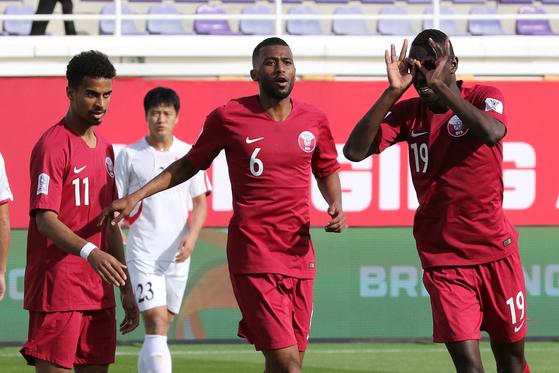 북한, 카타르에 0-6 완패...빨치산 축구의 몰락