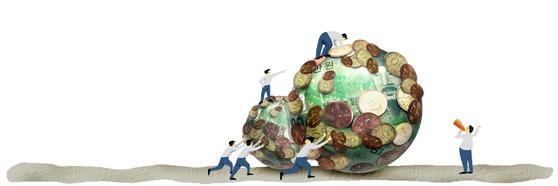 기요사키는 돈을 관리하고 숫자를 이해하는 능력을 키우고, 돈을 버는 방법인 투자에 대해서 공부하며, 시장에 대한 이해를 넓히고, 세금과 법률에 대해 공부해야 한다고 말한다. [중앙포토]